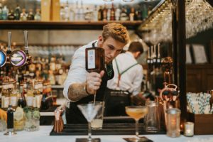 mixologist preparing cocktails